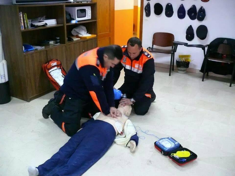 El conocimiento de las técnicas de primeros auxilios es necesario entre el voluntariado de Protección Civil.