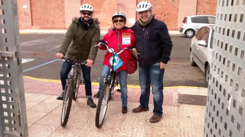 Daniel Carmona. Antonia López, unidad móvil 1 y Antonio Oliver Pallarés
