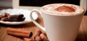 Un chocolate caliente, cuidado no te quemes