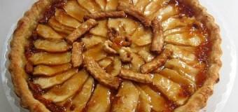 Tarta de manzana, fruta y dulce combinación