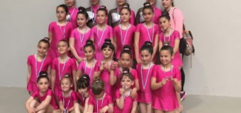 Un estreno de éxitos para el Club Gimnasia Rítmica Onuba-Beas